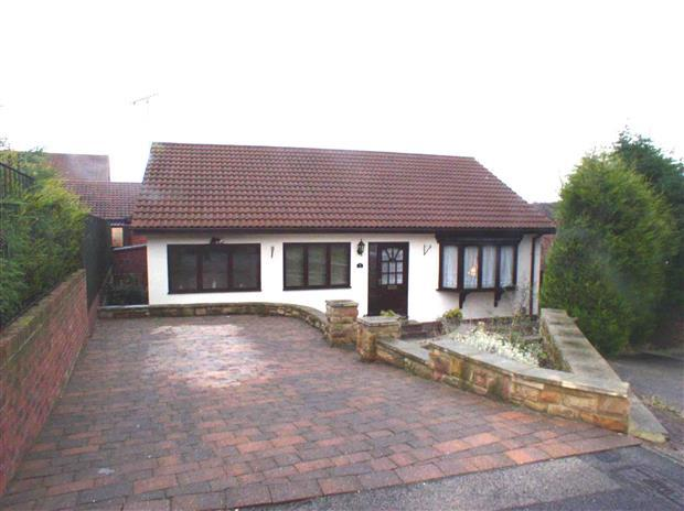 2 Bedrooms Detached Bungalow for sale in ST MAWES CLOSE, THROSTON GRANGE, HARTLEPOOL