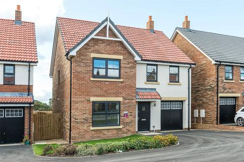 4 bedroom detached house for sale - 31 Saddler Drive, Stockton Road, Sedgefield, Durham, TS21