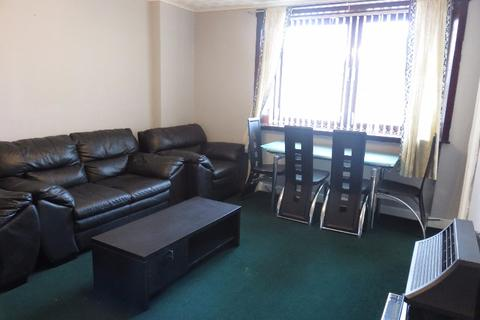 2 bedroom flat to rent - North Anderson Drive, , Aberdeen, AB16 7GA