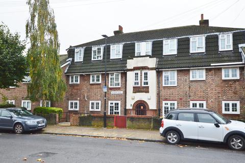 2 bedroom flat for sale - Holborn Road, Plaistow, London, E13 8PL