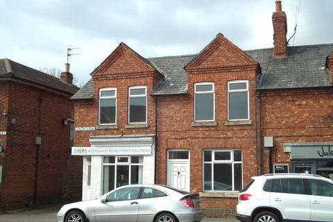 3 bedroom house to rent - South View, High St, Roade