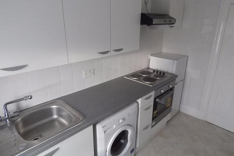 1 bedroom flat to rent - St John's Road