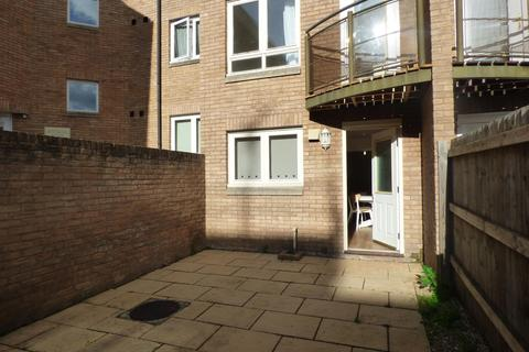 4 bedroom terraced house to rent - Market Street, Exeter, EX1 1DL
