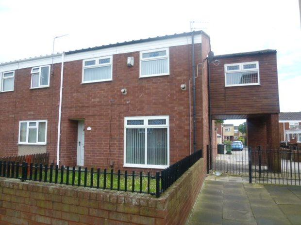 4 Bedrooms Terraced House for sale in BREWARD WALK, RABY ROAD, HARTLEPOOL