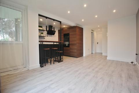 1 bedroom flat for sale - Tredegar Road, Bounds Green N11