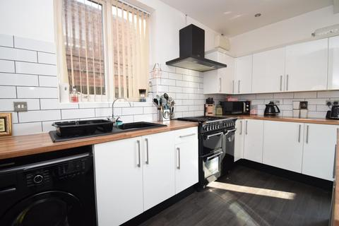 3 bedroom semi-detached house for sale - Averil Road, Humberstone, Leicester