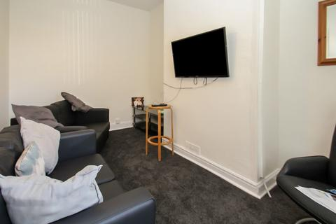 5 bedroom detached house to rent - ALL BILLS INCLUDED - Bennett Road, Headingley