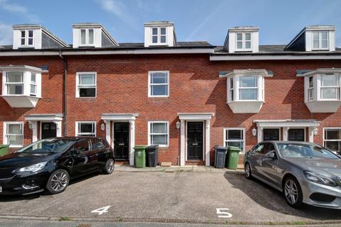 4 bedroom townhouse to rent - Sivell Mews, Heavitree