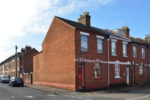 3 bedroom end of terrace house for sale - A 3 bedroom house for restoration in St Thomas - Guide £150,000 - £200,000