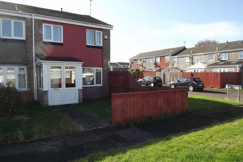 3 bedroom end of terrace house to rent - Filey Close, Cramlington