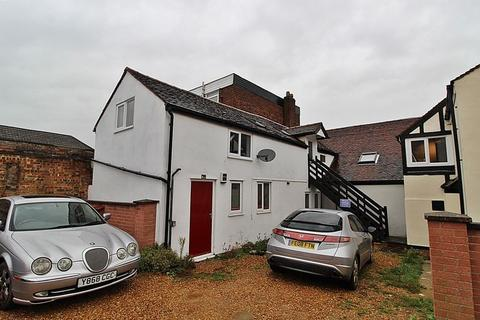 2 bedroom flat for sale - High Street, Biggleswade