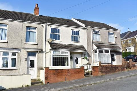 3 bedroom terraced house - Gwylym Street, Cwmdu