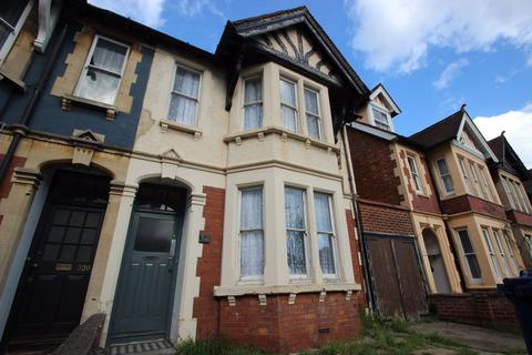 8 bedroom house to rent - Cowley Road, Oxford