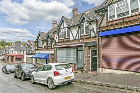 2 bedroom maisonette to rent - Chipstead Station Parade, Chipstead, Coulsdon