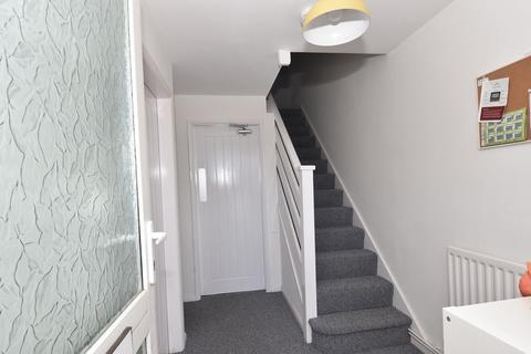 3 bedroom semi-detached house to rent - Dorchester Way, Coventry