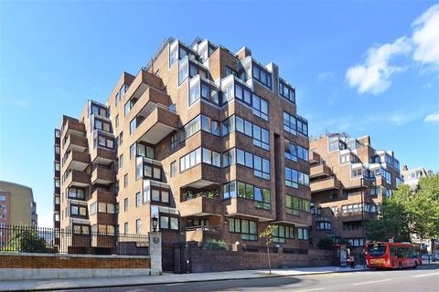 1 bedroom flat for sale - Beverly House, 133 Park Road, St Johns Wood, London, NW8