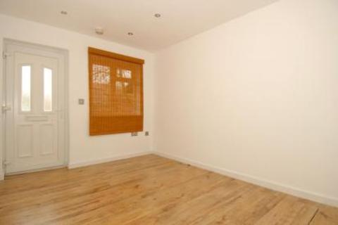 1 bedroom house for sale - Windmill Road, Sunbury On Thames, TW16