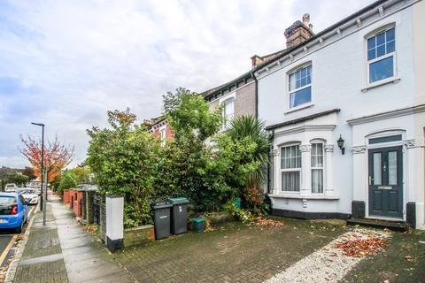 3 bedroom terraced house for sale - Malvern Road, Hornsey, London