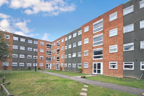 2 bedroom apartment for sale - Memorial Close, Heston, TW5