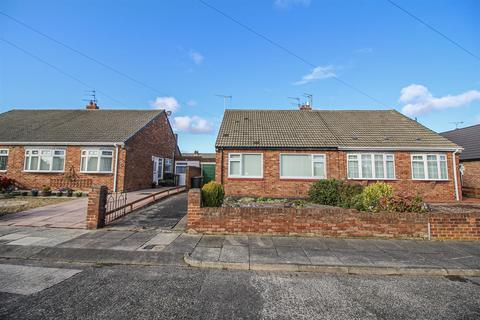 2 bedroom semi-detached bungalow to rent - Frankland Drive, Monkseaton, Whitley Bay