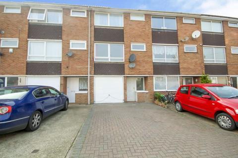 4 bedroom house to rent - Queen Street, Brentwood