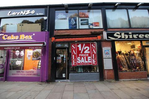 Shop to rent - 95  Victoria Street, Blackburn. BB1 6DS