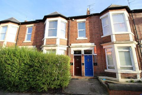 3 bedroom flat to rent - Sandringham Road, South Gosforth, Newcastle Upon Tyne