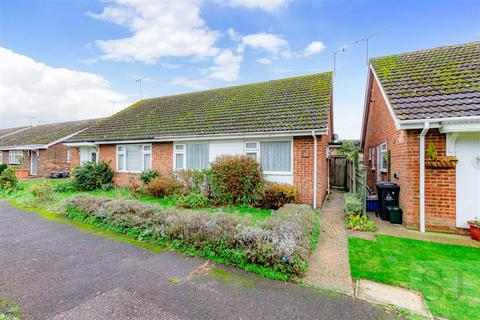 2 bedroom semi-detached bungalow for sale - Ember Way, Burnham-On-Crouch