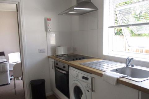 3 bedroom house to rent - Becket Avenue, Canterbury, CT2