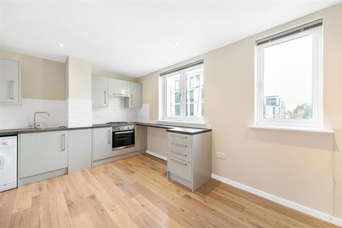 1 bedroom flat for sale - Eltringham Street, SW18