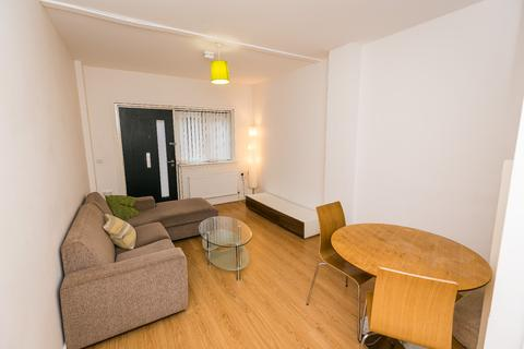 2 bedroom townhouse to rent - Shaws Alley, 32 Tabley Street, L1