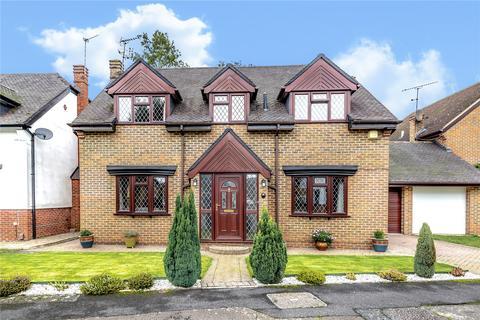 4 bedroom detached house for sale - Holm Grove, Hillingdon, Middlesex, UB10