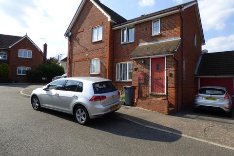 3 bedroom semi-detached house to rent - Albra Mead, Chelmsford CM2