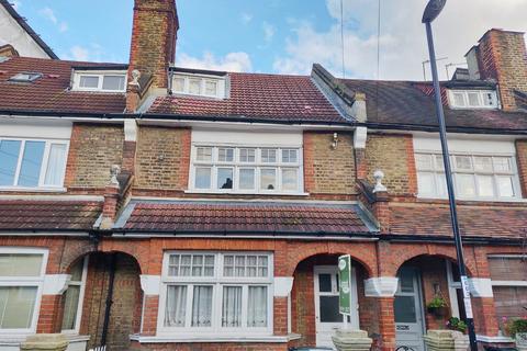 4 bedroom terraced house for sale - Lessing Street, London SE23