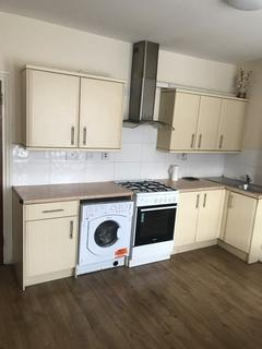 2 bedroom flat to rent - Calderwood Street, London, SE18