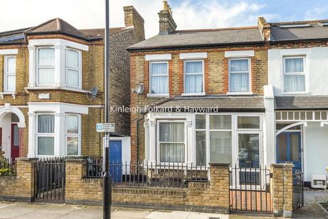 4 bedroom semi-detached house for sale - Albacore Crescent, Lewisham