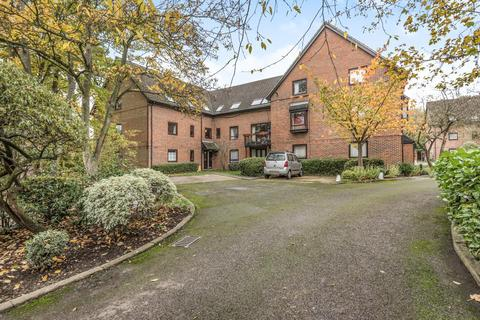 1 bedroom flat for sale - Staines-Upon-Thames, Surrey, TW18