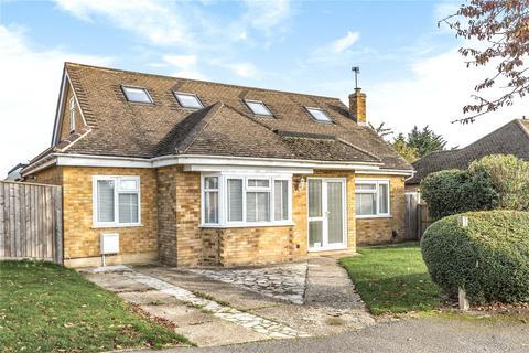 5 bedroom bungalow for sale - Eastwick Crescent, Rickmansworth, Hertfordshire, WD3