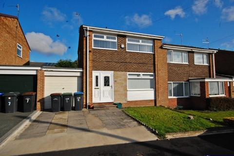 3 bedroom semi-detached house to rent - Blanchland Avenue, Newton Hall, Durham