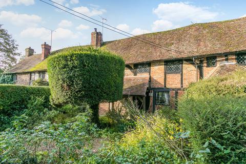 3 bedroom terraced house to rent - Ferry Lane, Medmenham, Marlow, SL7 2EZ