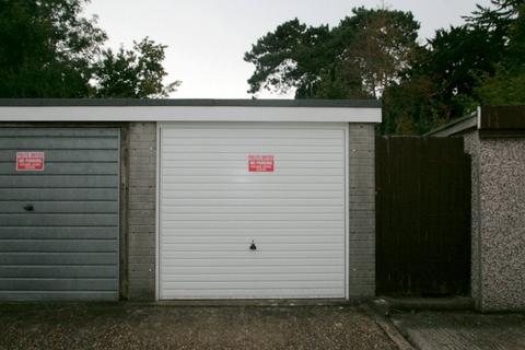 Garage to rent - Angmering, West Sussex
