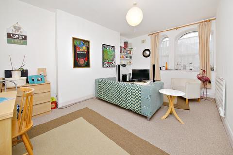 2 bedroom flat to rent - Harrow Road, Westbourne Park W9