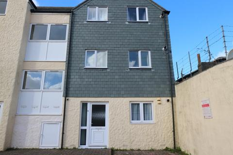 2 bedroom apartment - Gurneys Lane, Camborne