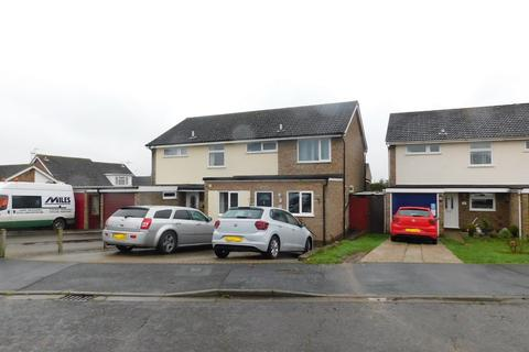 3 bedroom semi-detached house for sale - Winchester Close