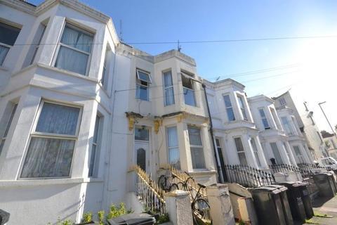 6 bedroom link detached house for sale - Ceylon Place, Eastbourne
