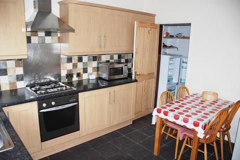 3 bedroom terraced house to rent - Woodhead Road, Sheffield