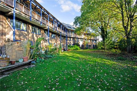 1 bedroom apartment for sale - Grasmere Gardens, Cambridge, CB4