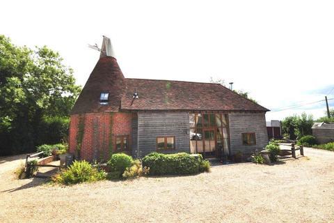 3 bedroom detached house to rent - Bodiam, Robertsbridge, East Sussex, TN32