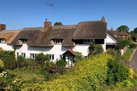 3 bedroom character property for sale - West Common, Redbourn
