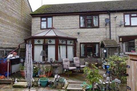 3 bedroom semi-detached house for sale - Boxbush Close, Cirencester